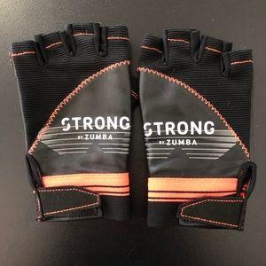 Strong by Zumba Fingerless Gloves